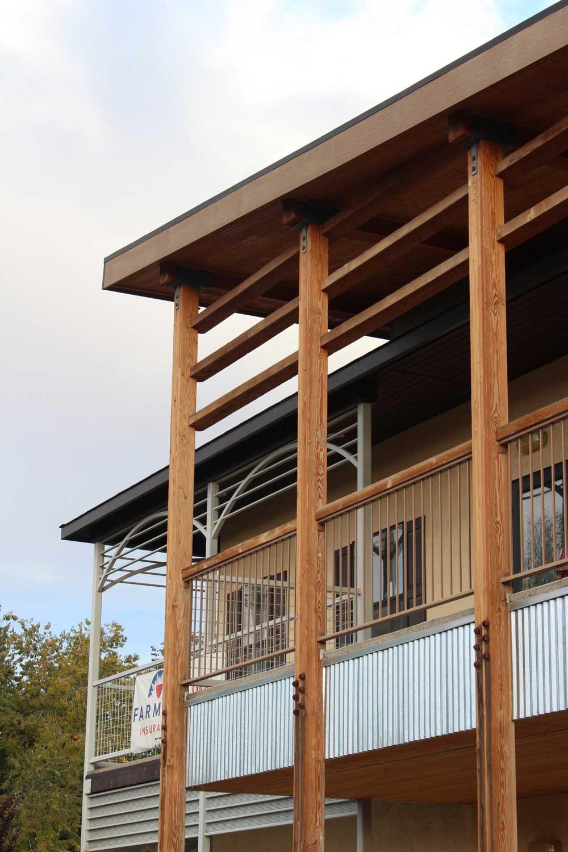 Specchio Town Deck Side